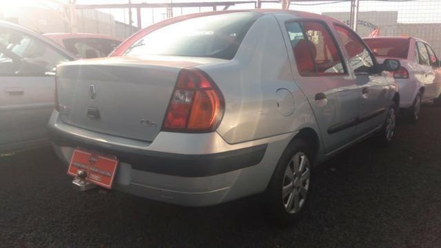 Clio Sedan(1.0)(completo(Financie*até 100%do veiculo(Parcelas a partir de R$449,90) 04/05 - Foto 3