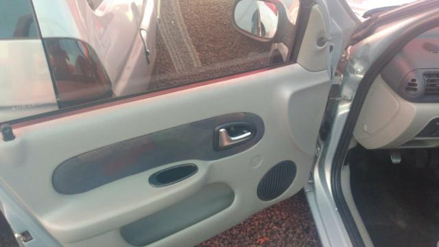 Clio Sedan(1.0)(completo(Financie*até 100%do veiculo(Parcelas a partir de R$449,90) 04/05 - Foto 17