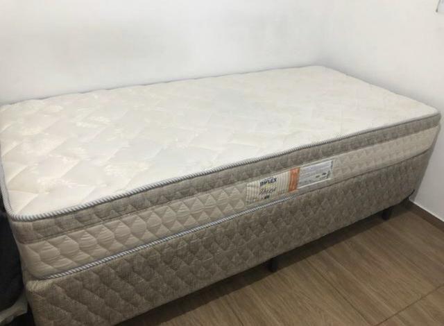 Vendo duas camas de solteiro ibiza