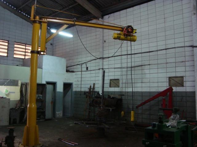 Guindaste giratório com talha elétrica - Foto 3