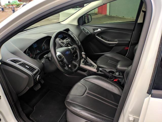 Ford Focus Sedan SE 2.0 16V Automático 2015 - 71.000 km - Foto 9