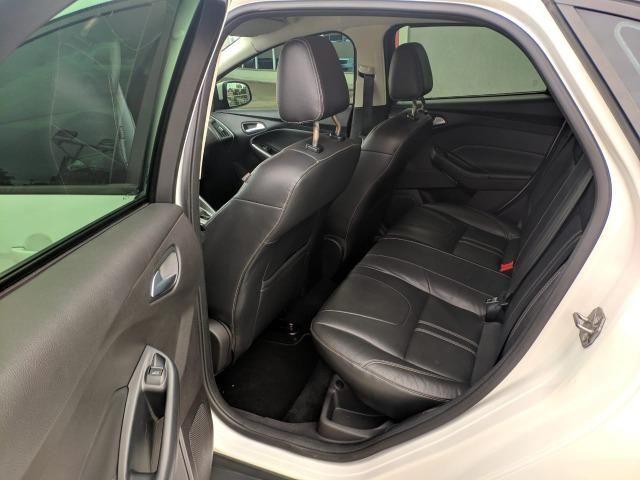 Ford Focus Sedan SE 2.0 16V Automático 2015 - 71.000 km - Foto 11
