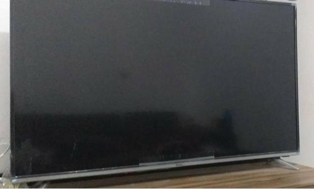 Vende-se uma Smart Tv 50 polegadas marca Philco em ótimas condições