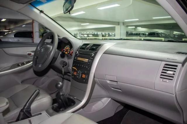 Corolla 1.8 2010 completo - Único Dono - Somente Financiada - Foto 8