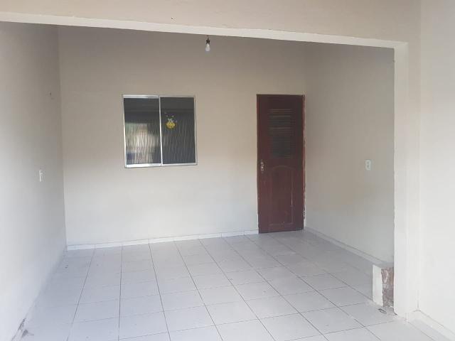 Vende- se uma Casa no Recanto Fialho, aceito carro no negócio - Foto 2