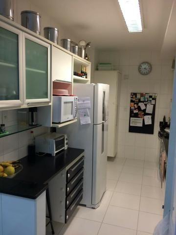 Apartamento de 3 suites Vista Mar no Cond. Henry Mancini na Pituba R$ 640.000,00 - Foto 18