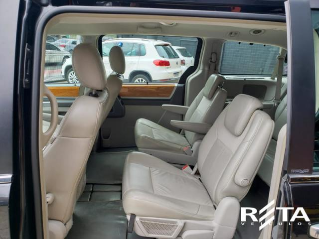 CHRYSLER TOWN & COUNTRY 3.8 V6 AUT - Foto 9