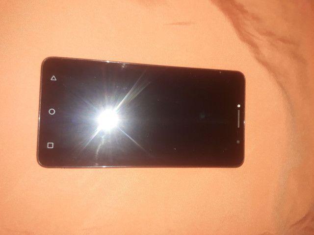 Vendo celular Alcatel A3XL MAX