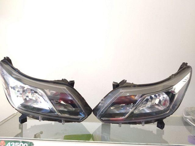 Farol GM S10 Trailblazer 2017 a 2020 com LED Original