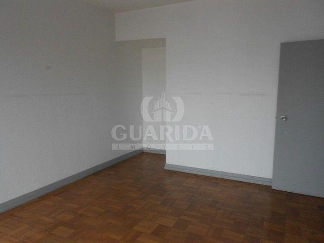 Salas/Conjuntos para comprar no bairro Floresta - Porto Alegre - Foto 11
