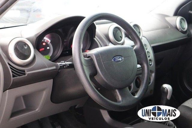 Lindo Ford Fiesta 2014 1.6 Class Hatch 8 V prata! muito acima da media! - Foto 14