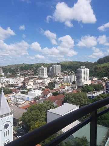 A RC+Imóveis aluga apartamento com vista privilegiada no Centro de Três Rios-RJ