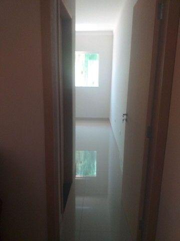 Procuro ,uma pessoa pra dividir aluguel ,em residência, casa nova bem localizada  - Foto 4