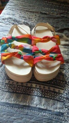 Sandália semi novo tamanho 36
