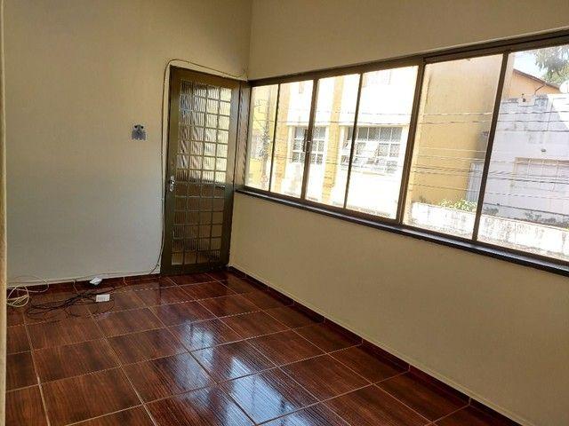 Apartamento com 3 dormitórios para alugar, 70 m² por R$ 900,00 - Estados Unidos - Uberaba/ - Foto 4