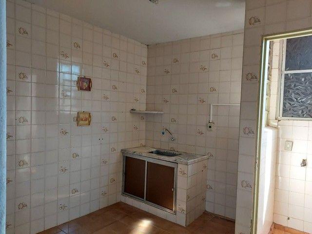 Apartamento com 3 dormitórios para alugar, 70 m² por R$ 900,00 - Estados Unidos - Uberaba/ - Foto 13