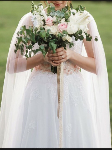 Vestido de noiva com capa (veu) estilo grego Artha Ateliê  - Foto 3