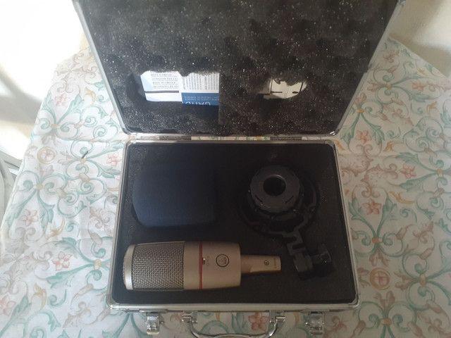 Vendo microfone condensador AKG c4000b