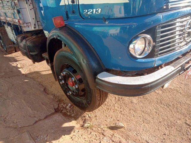 Mercedes 2213 ,caminhão  - Foto 4