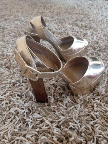 Sandália maravilhosa por R$20 - Foto 2