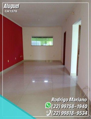Alugo linda casa c/ área gourmet e hidromassagem no bairro Jardim Mariléa, Rio das Ostras - Foto 5