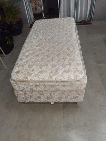 Vendo duas camas de solteiro  - Foto 6