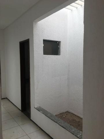 Casa com ampla sala conjugada - Foto 5