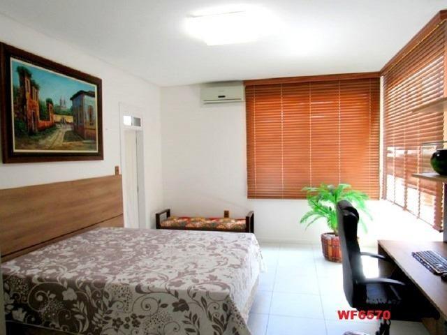 Mansão com 5 suítes, casa duplex, projetada e mobiliada, 7 vagas, rua privativa, Sapiranga - Foto 13
