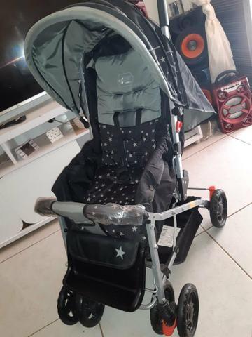 Vendo um carrinho de bebê, nunca foi usada. - Foto 2