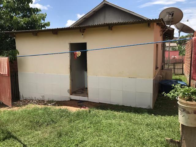 Vende se essa casa no Tancredo Neves por 45 mil ou negocia ou troca