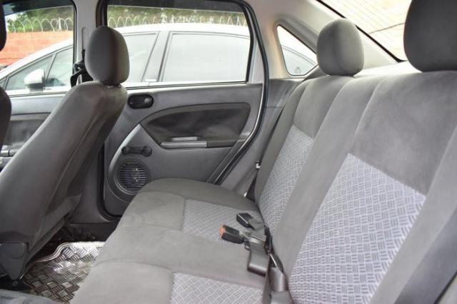 Ford fiesta sedan 2005 1.6 mpi sedan 8v flex 4p manual - Foto 3