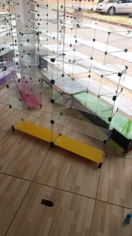 Expositor, vitrine, prateleira ou balcão de vidro com pezinho - Foto 3
