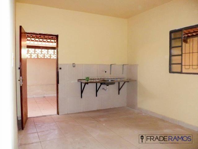Casa com 3 dormitórios para alugar por R$ 750,00/mês - Residencial Solar Bougainville - Go - Foto 8