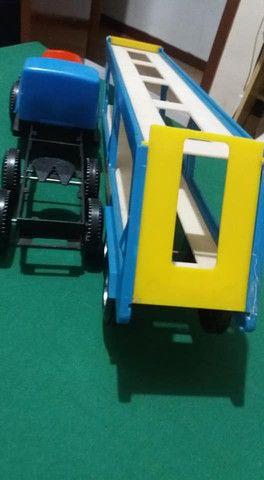 Antigo caminhão transbeque da mimo com 3 minis - Foto 4