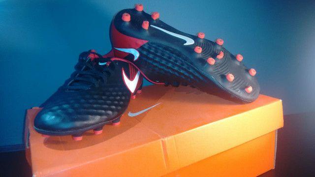 Chuteira Campo Nike Magista Onda II - Foto 5