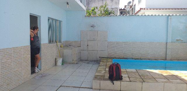 Casa 5 qtos com piscina frente para Praia - Foto 5