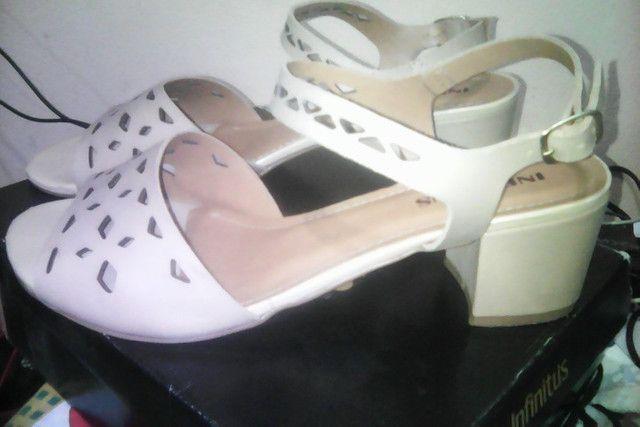 Vendo sandália feminina da marca Infinitus tamanho 42 - Foto 2