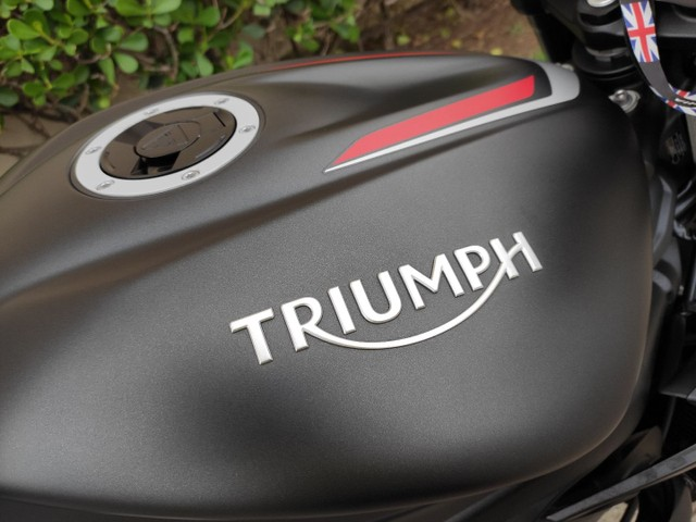 Triumph Street triple 2020 6.900km (anúncio real) - Foto 13