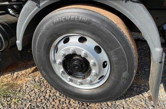 Caminhão Bitruck 24280 ano: 2013  - Foto 2