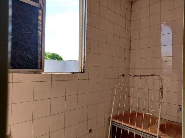 Apartamento com 3 dormitórios para alugar, 70 m² por R$ 900,00 - Estados Unidos - Uberaba/ - Foto 15