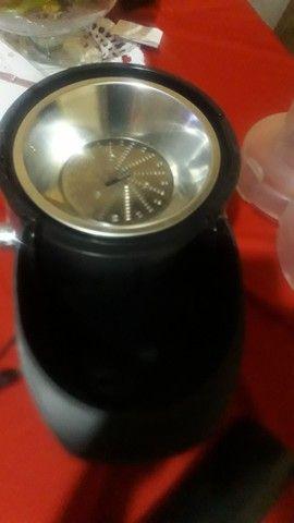 Centrífuga de suco Mondial Premium