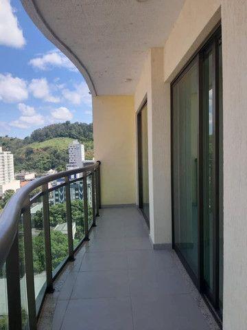 A RC+Imóveis aluga apartamento com vista privilegiada no Centro de Três Rios-RJ - Foto 2