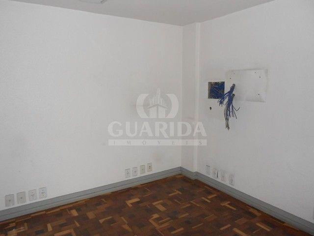 Salas/Conjuntos para comprar no bairro Floresta - Porto Alegre - Foto 16