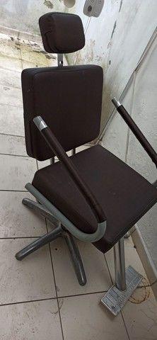 Cadeira barbeiro  - Foto 4