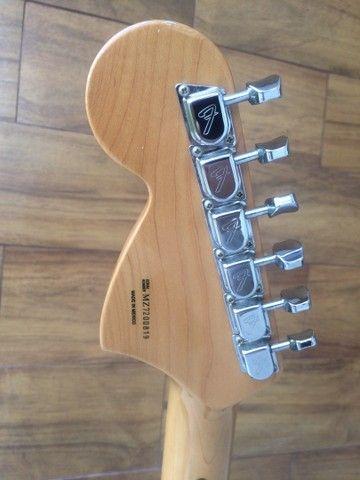 Guitarra Fender 70?s Stratocaste reedição  com upgrades - Foto 3