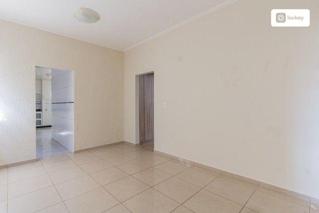 Casa com 320m² e 3 quartos - Foto 2