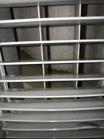 Ar condicionado em ótimas condições de uso - Foto 3
