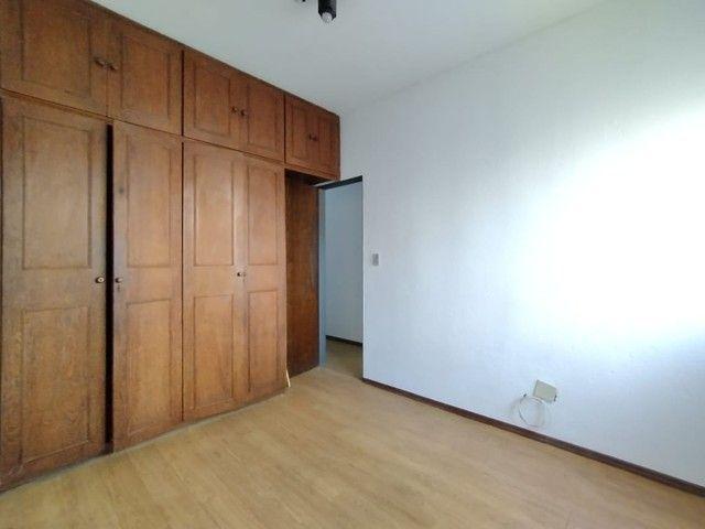 RM Imóveis vende apartamento 3 quartos com dois banhos no coração do Caiçara! - Foto 5