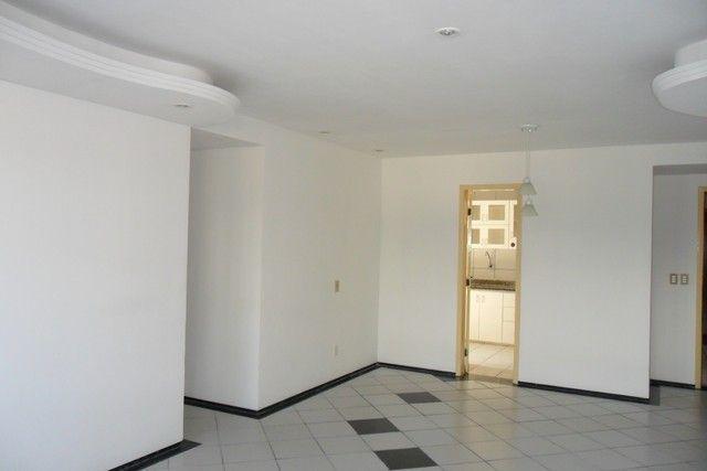 Apartamento próximo ao Parque Cocó, em área privilegiada - Foto 11