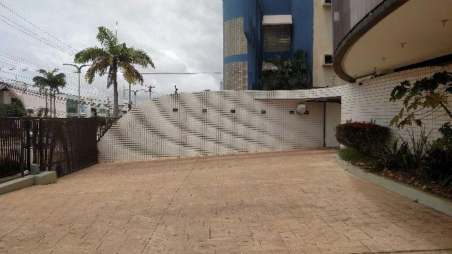 Apartamento Edificio Villa Lobos, no Calhau, 1 por andar, 323 m2 - Foto 4